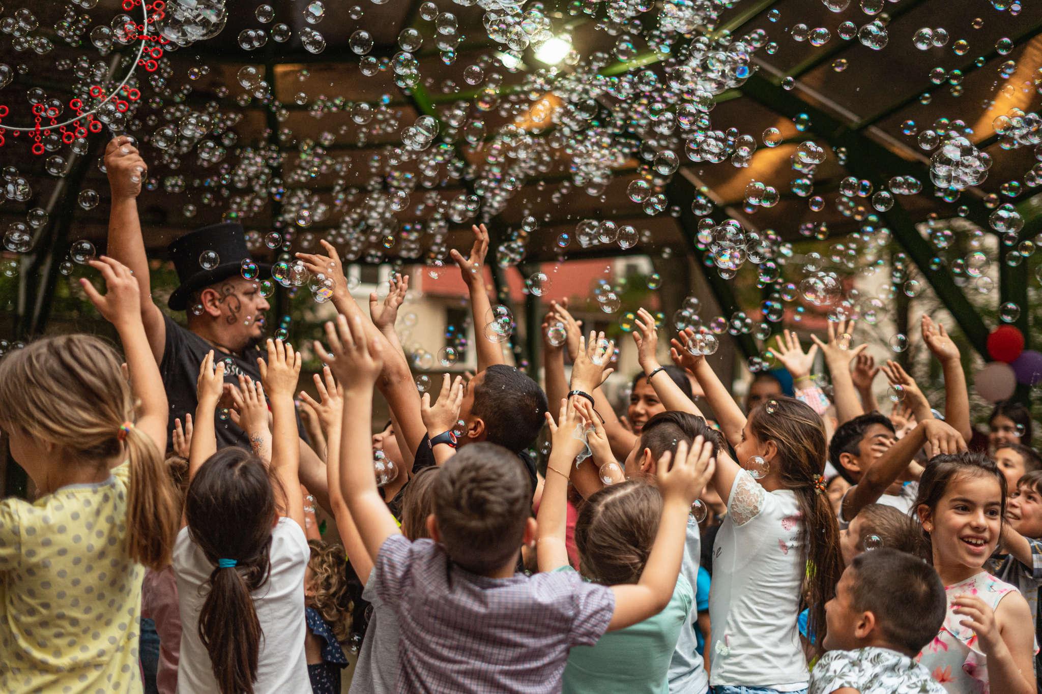 """Стотици деца и семейства участваха в Кулинарния панаир и Фестивала """"Синьо лято"""" в Пловдив"""